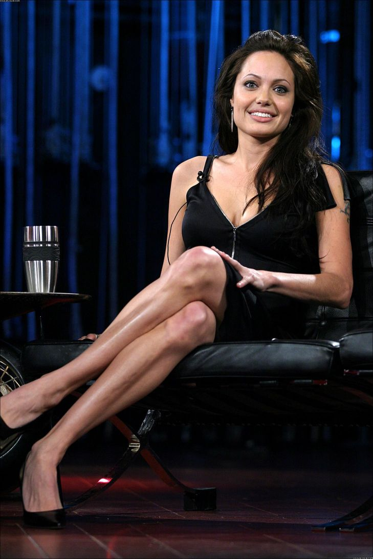angelina jolie famousmud celebrity cleavage and sexy legs